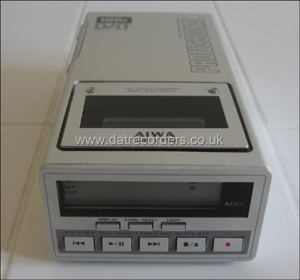 AIWA HHB-1 Professional Portable DAT Recorder